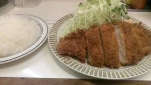 これで750円。やっぱり日本は安くお腹がいっぱいになる国だと思う。