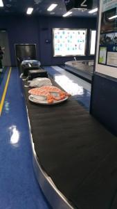 そこそこ有名になった大分空港の荷物受け渡し所の「寿司」